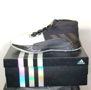 NWB Adidas Dame 5 black/gold size 14